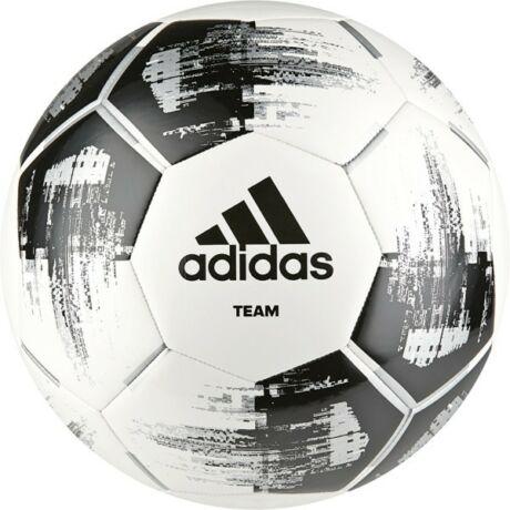 Adidas focilabda